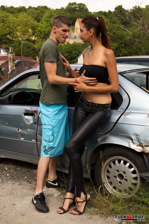 Секс с русской в кожаных штанах 10 фотография